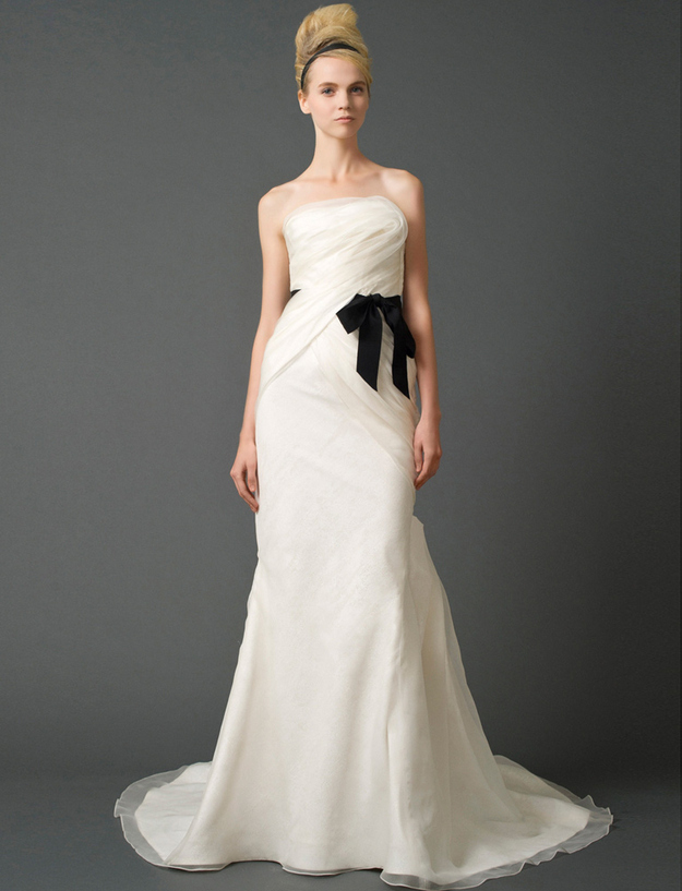60 wedding dresses to die for identity magazine for Wedding dresses to die for